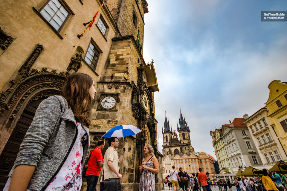 3-Hour-Walking-Tour-of-Old-Town-&-Prague-Castle