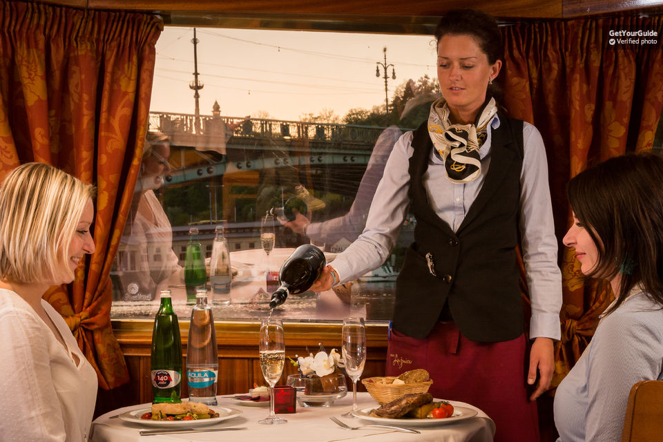 3-Hour-River-Cruise-With-Dinner