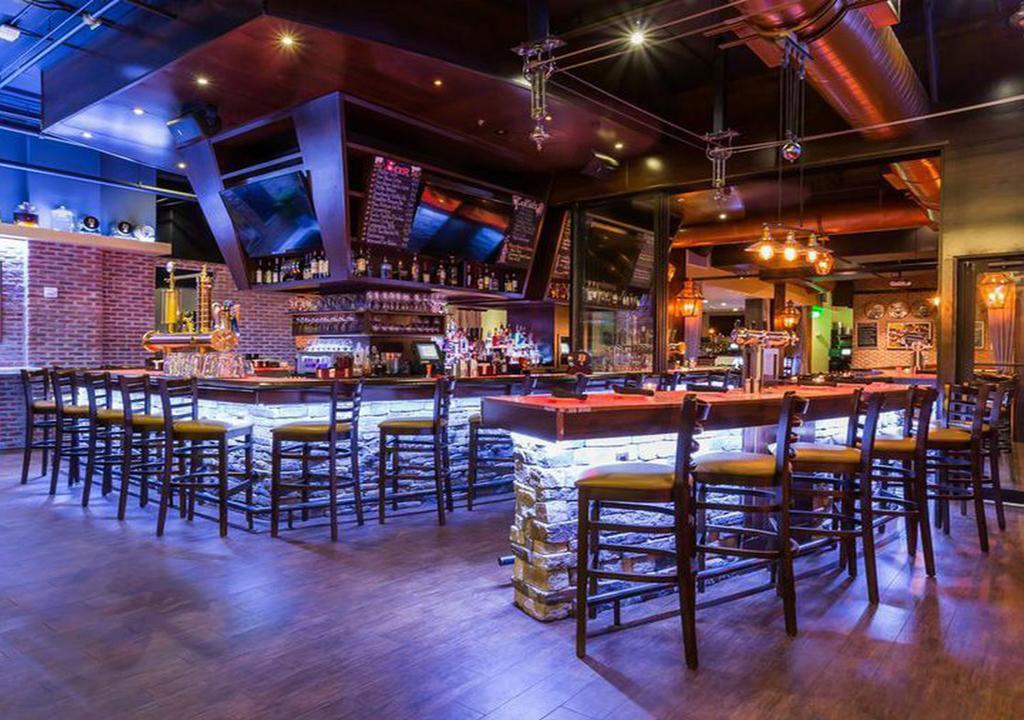 Hamptons Inn & Suites by Hilton Miami