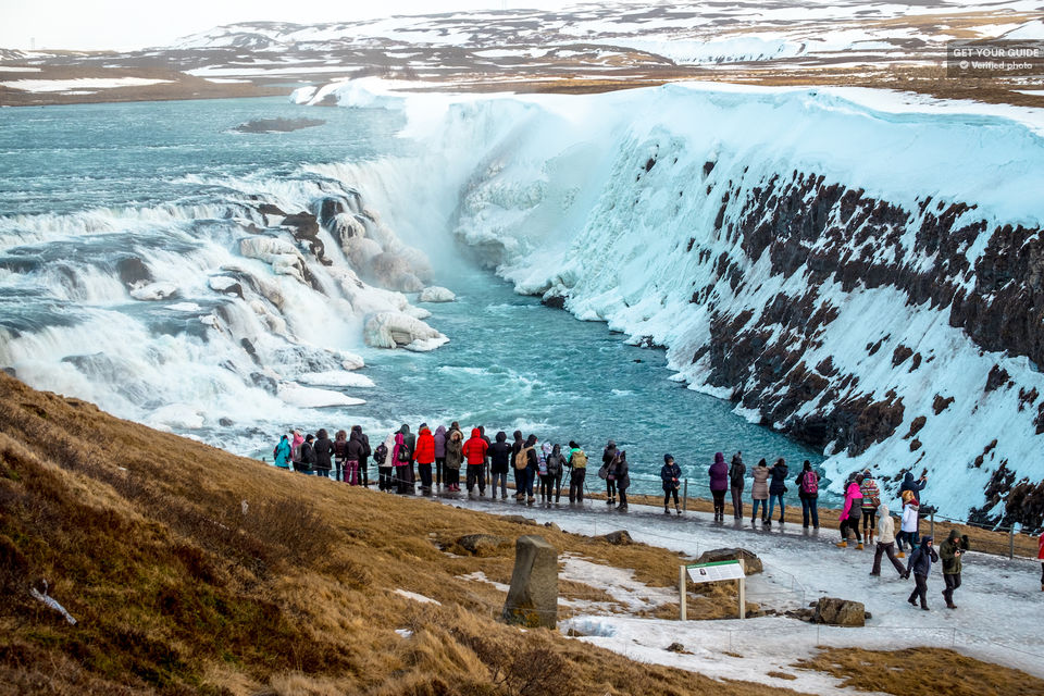 Be-in-Awe-of-the-Wonders-of-the-Golden-Circle