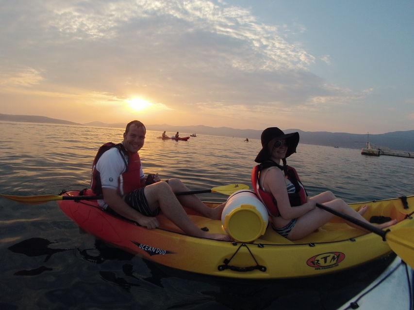 Go-Kayaking-at-Sunset