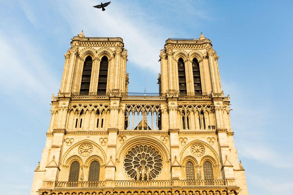 Visit-Notre-Dame
