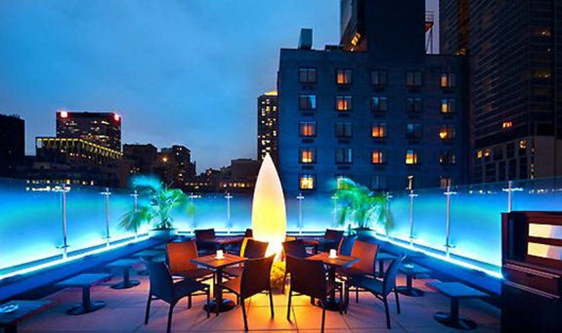 Visit-One-of-Manhattan's-Trendy-Rooftop-Bars