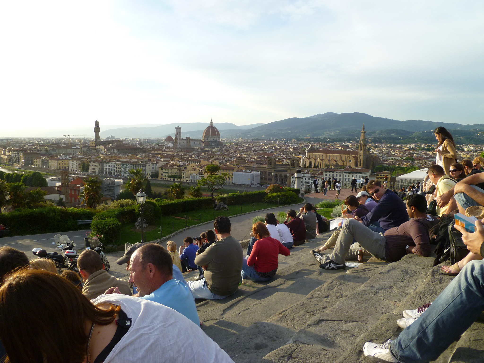 Watch-the-Sun-Set-from-Piazzale-Michelangelo