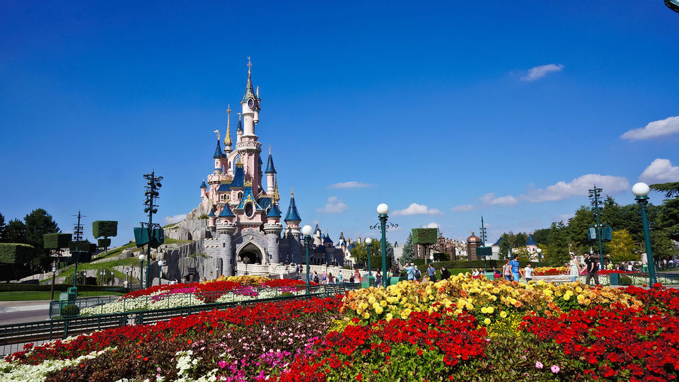 Disneyland-Paris-Full-Day-Ticket-with-Transportation