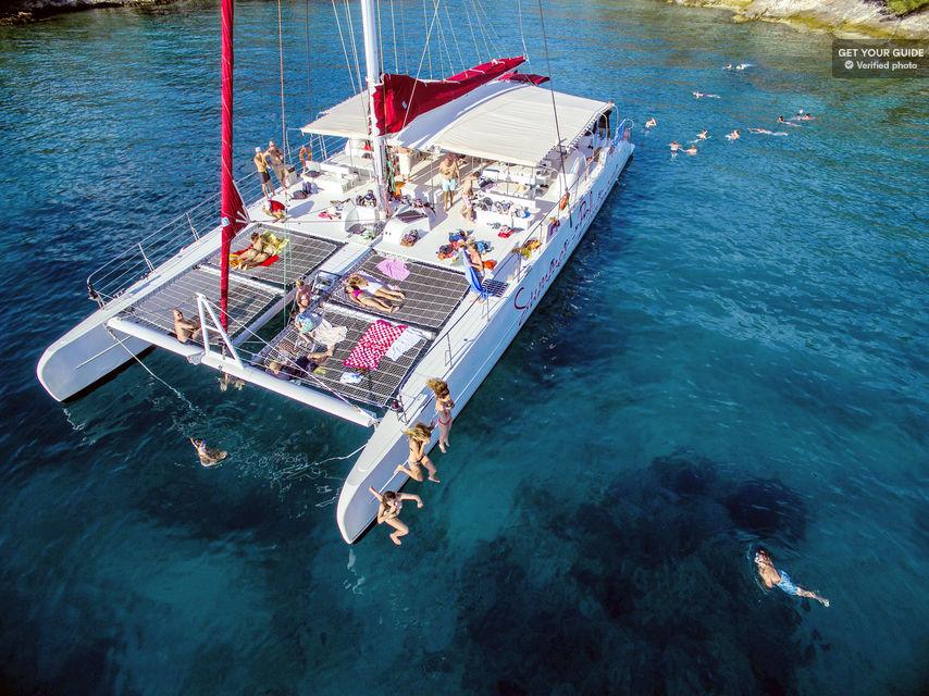 Full-Day-Catamaran-Cruise-to-Hvar-and-Pakleni-Islands