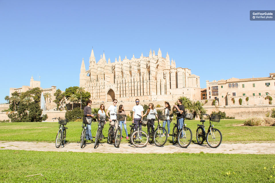 Combine-Cycling-and-Tapas