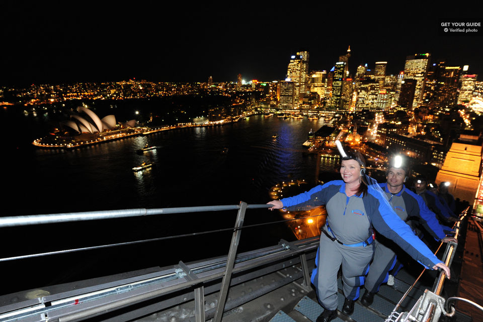 Conquer-the-heights-of-Sydney-Harbour-Bridge