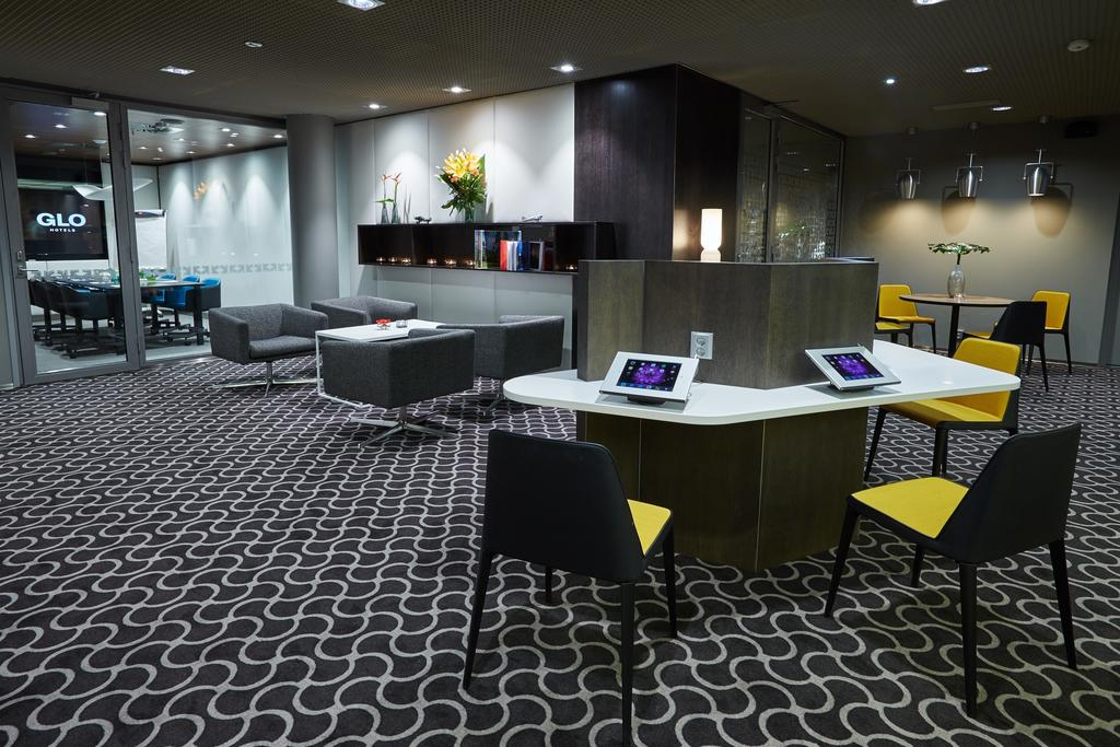 Glo Hotel Airport