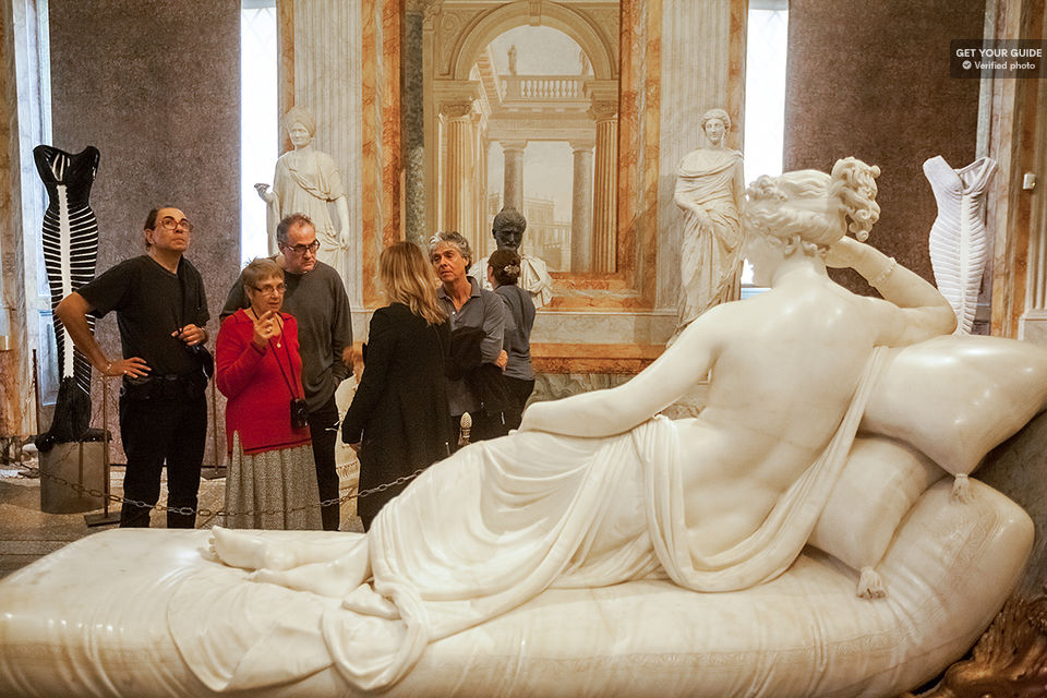 Go-bourgeois-at-the-Borghese-Gallery