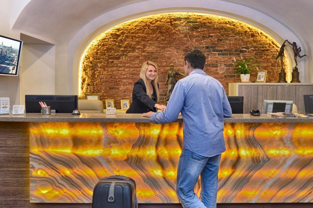 Petr-Hotel