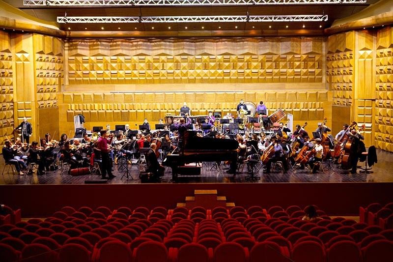 See-a-performance-at-Teatro-dell-Opera