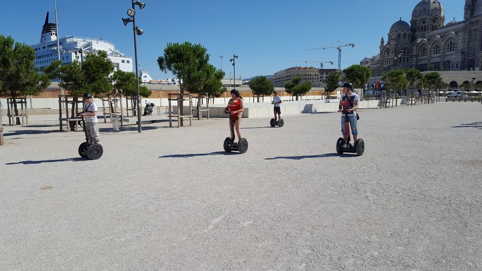 Glide-around-Marseilles-on-a-Segway