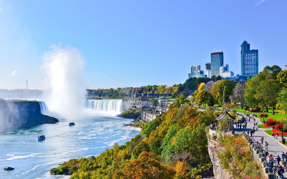 Marvel-at-Niagara-Falls