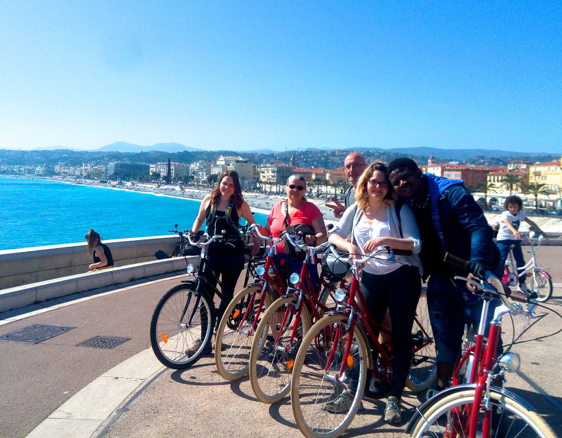 Sightsee-in-Nice-by-E-Bike