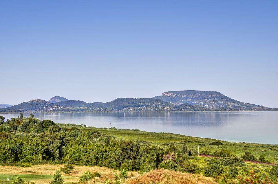 Admire-Lake-Balaton