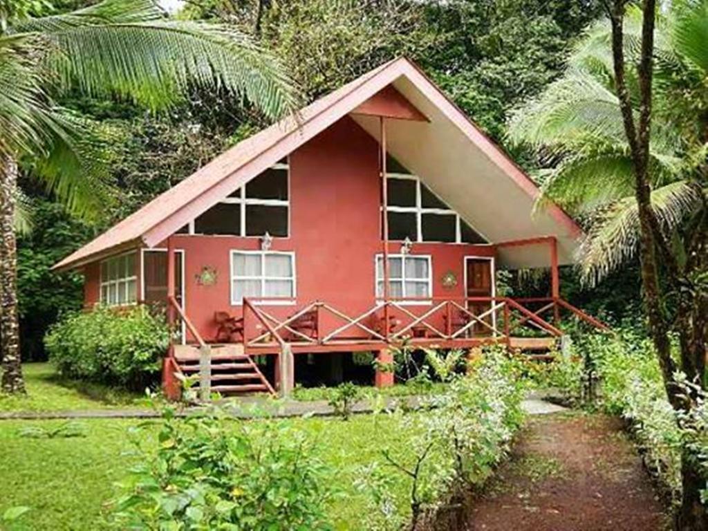 Caribbean Paradise Eco Lodge