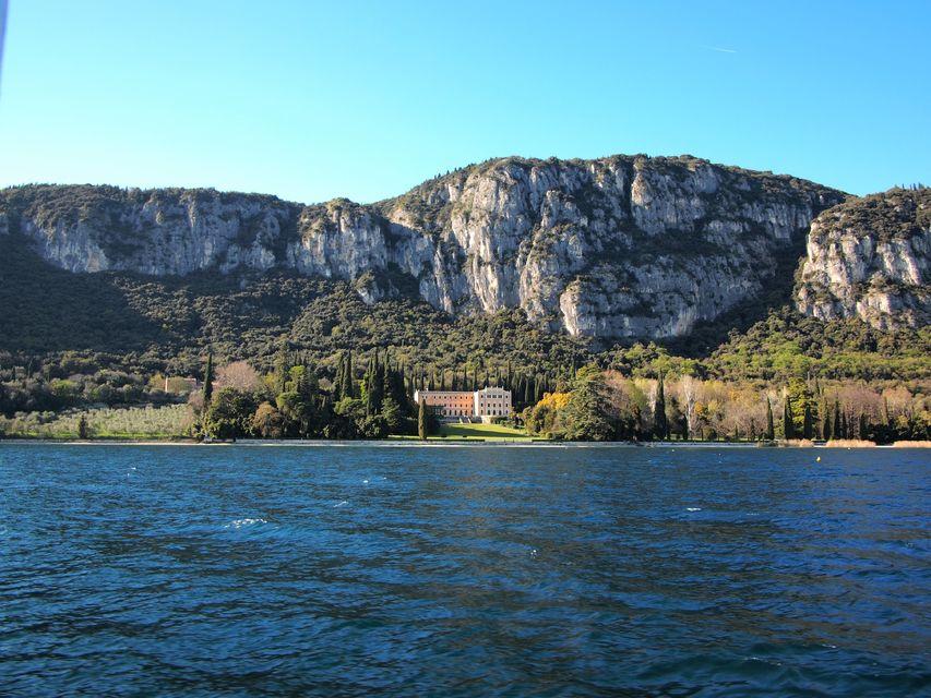 Cruise-Lake-Garda