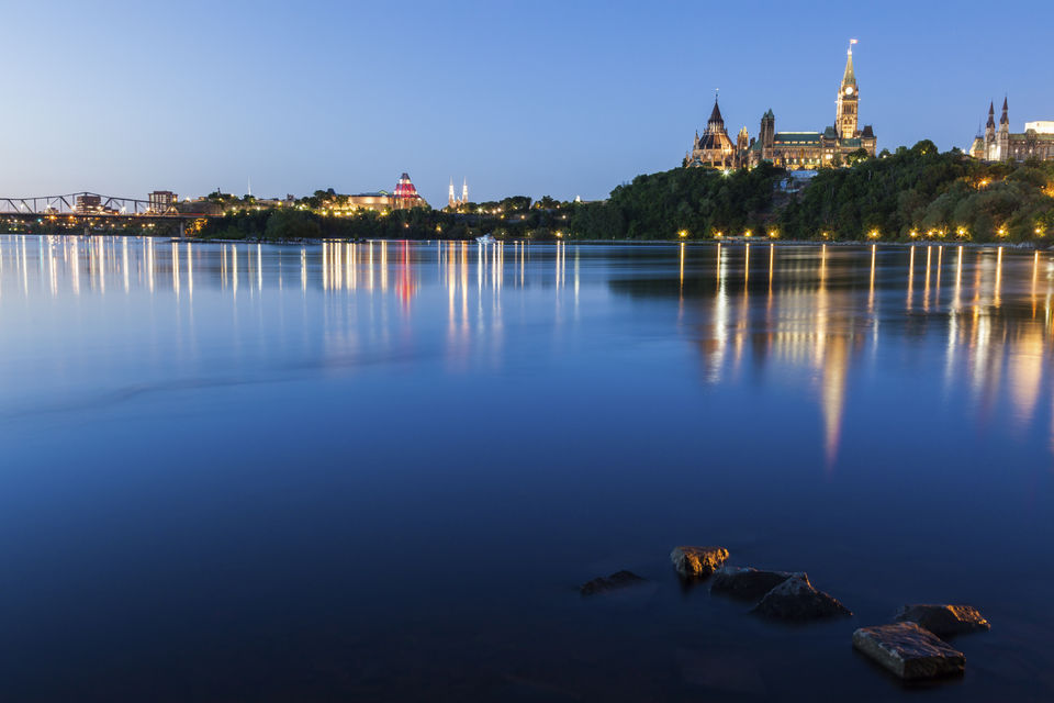 Cruise-Ottawas-River-by-Night
