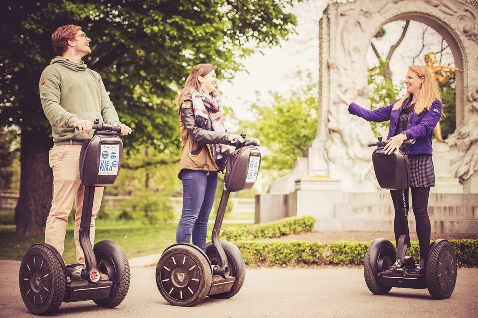 Explore-Vienna-by-Segway