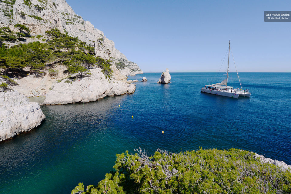 Feel-the-Love-at-Calanques-National-Park