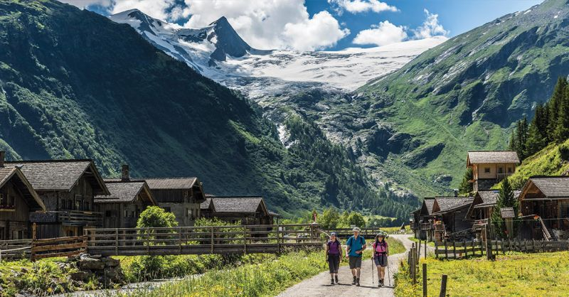 Go-Hiking-in-the-Alps