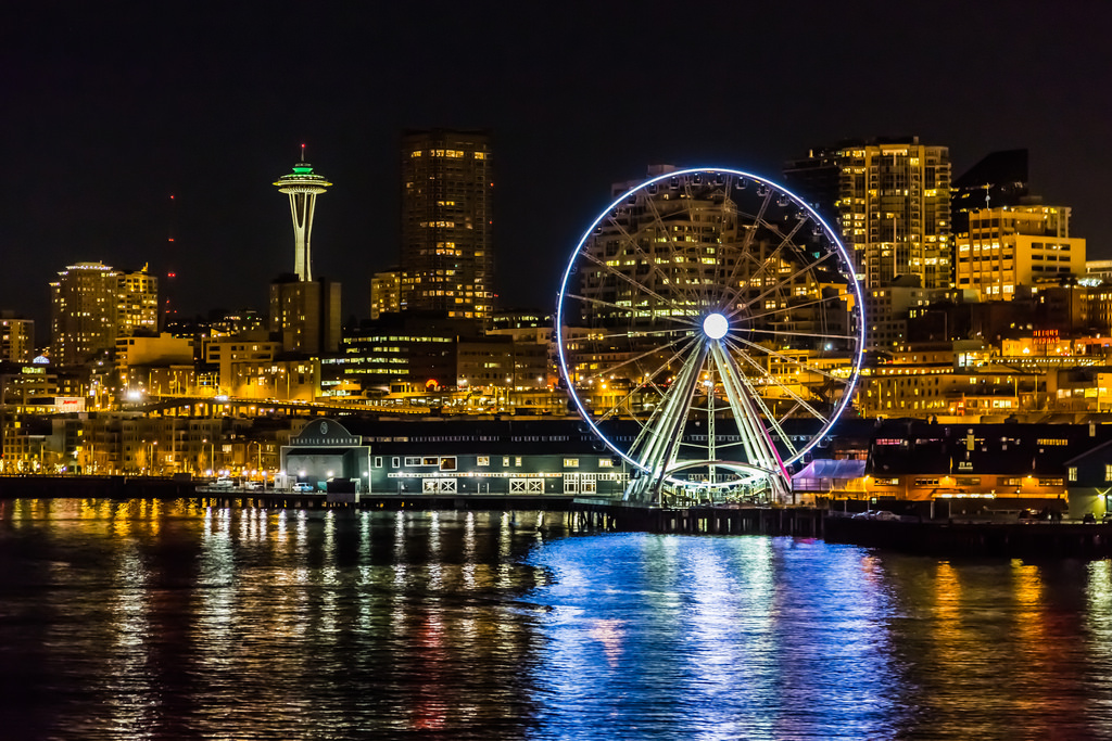 See-Seattles-Lights-from-the-Great-Wheel