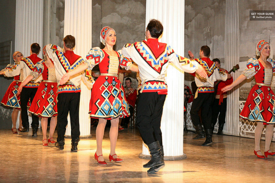 St-Petersburg-Russian-Folk-Show-Evening-Experience