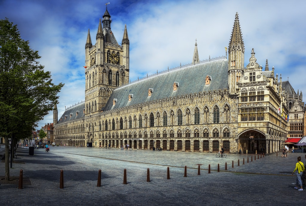 Step-Back-in-Time-at-Ypres