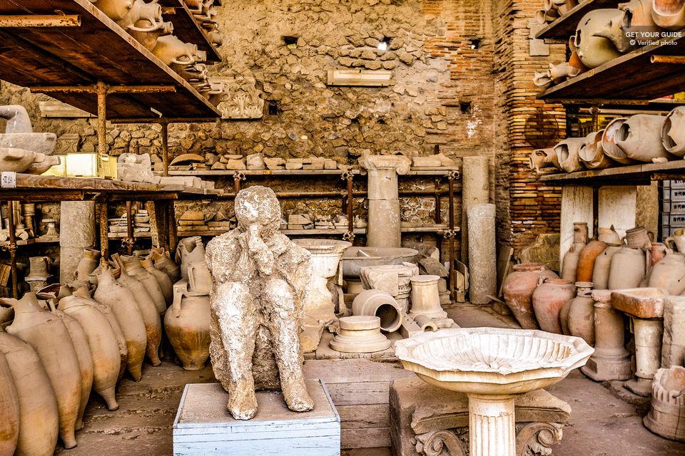Time-Travel-at-Pompeii
