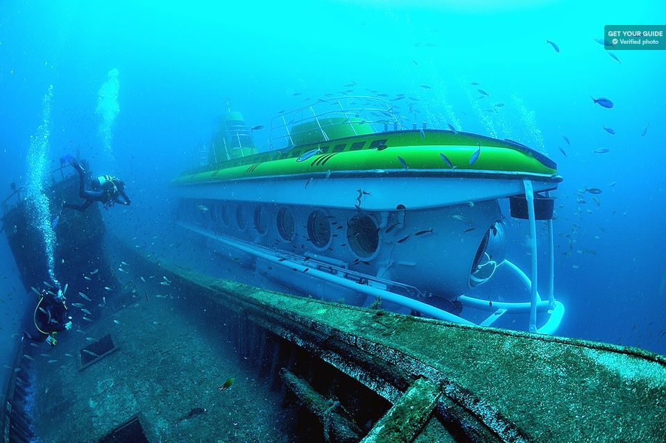 Travel-by-Submarine-in-Tenerife