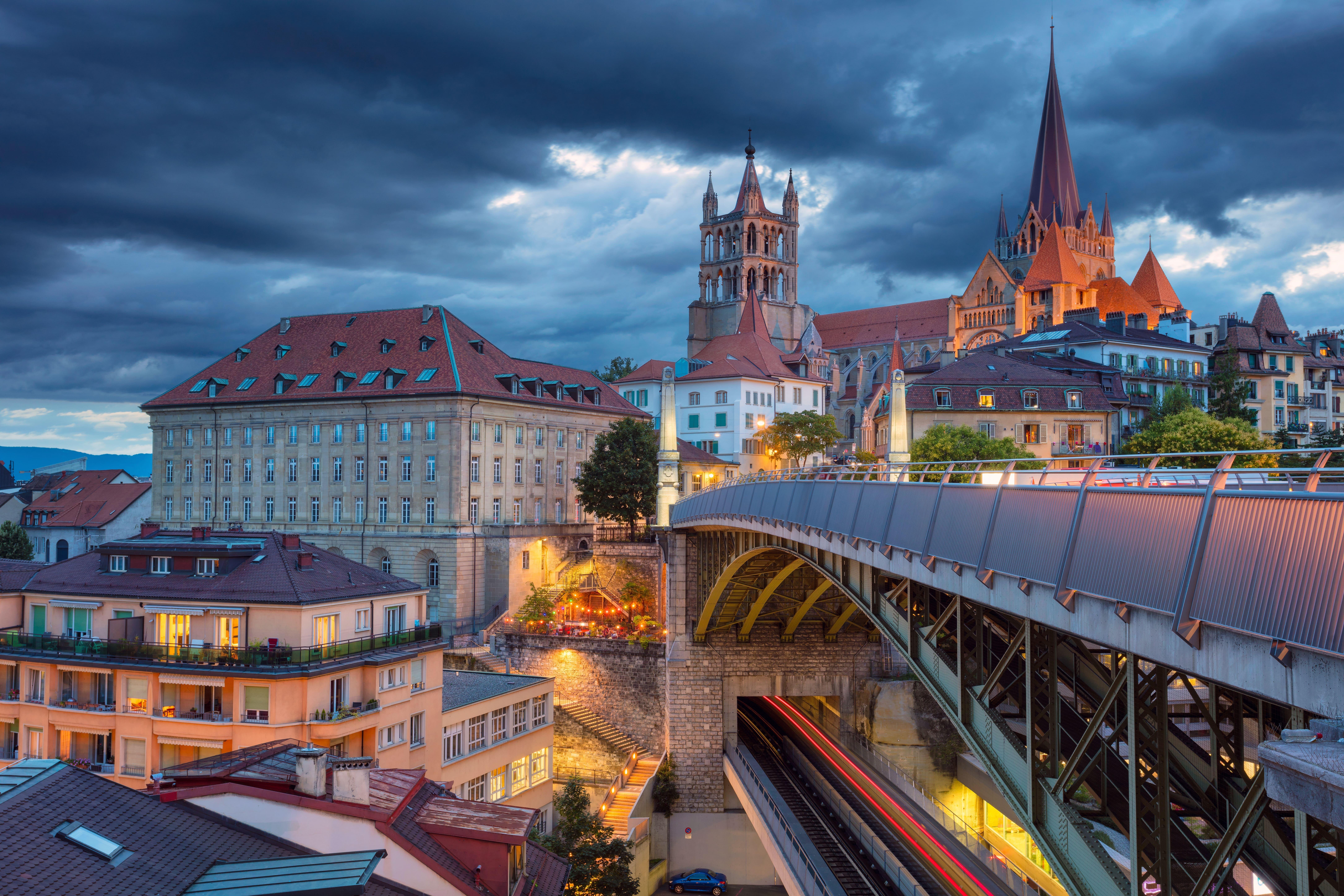 Lausanne, Zurich