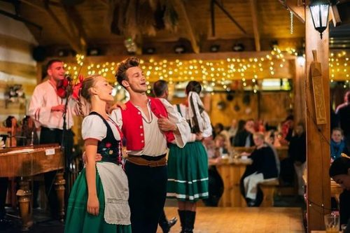 Folklore Evening with Music and Dinner