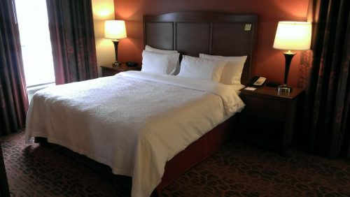 Hampton Inn and Suites Seattle – Airport / 28th Avenue