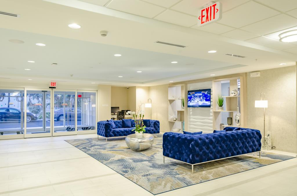 Candlewood Suites Miami International Airport – 36th Street