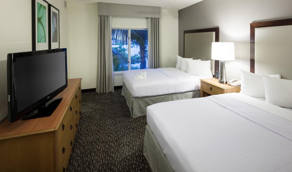 Homewood Suites / Miami Airport Blue Lagoon