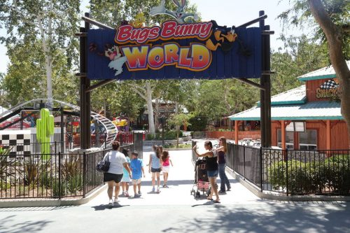 Visit Six Flags Magic Mountain