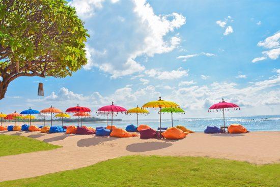 Ayodya Resort Bali Stuning Sun Loungers