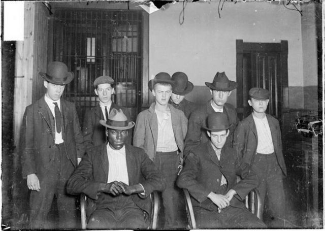 History of Chicago Gangs