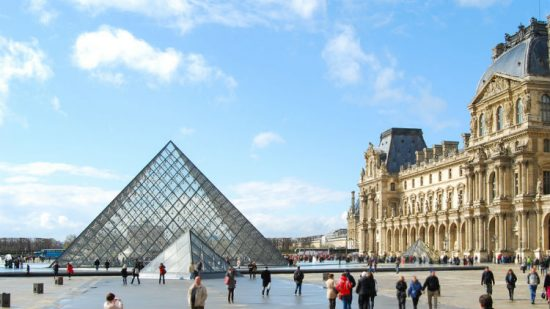 Louvre Museum Facts