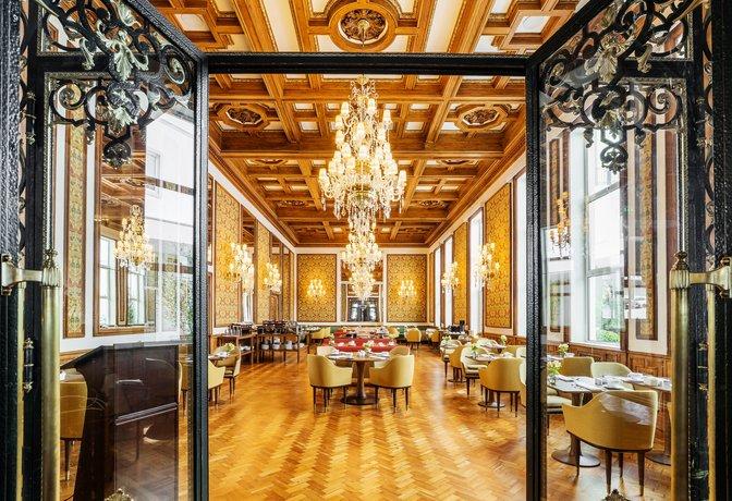 Infante Sagres Luxury Historic Hotel