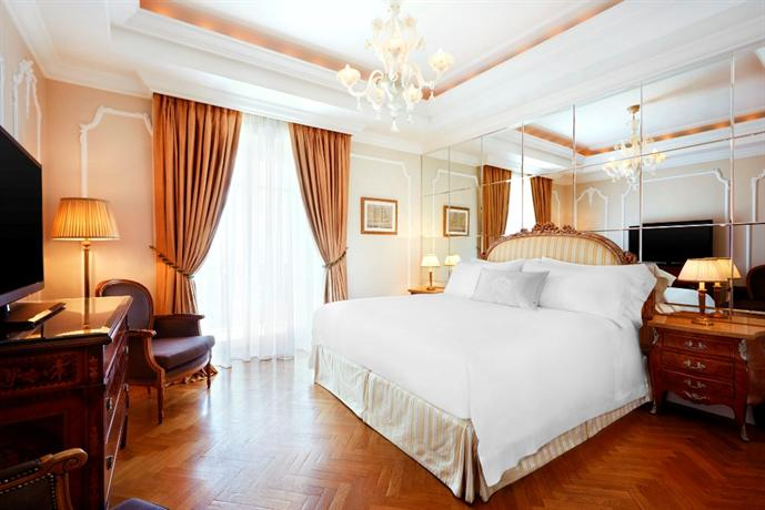 King George a Luxury Collection Hotel