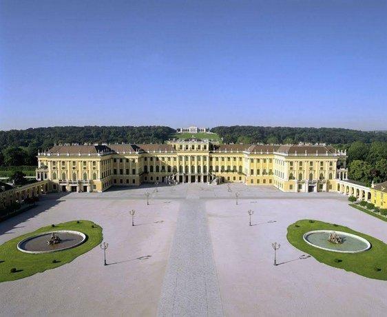 Schloss Schonbrunn Grand Suite