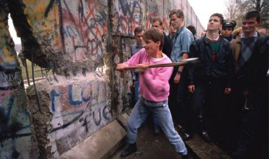 Tearing Down the Berlin Wall Facts