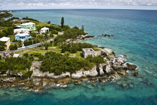 This is our INSIDER GUIDE for the best times to visit Bermuda!
