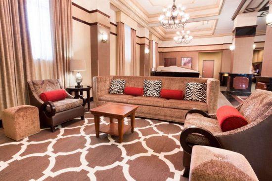 Dury Inn & Suites