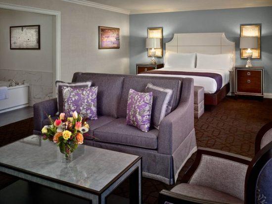 Royal Sonesta Hotel