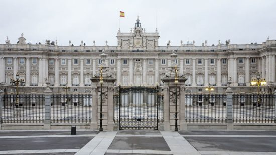 Experience the Majesty of the Royal Palace