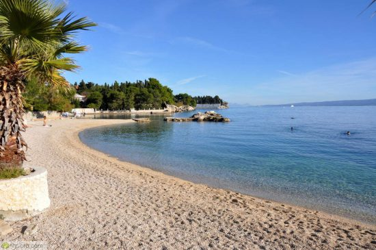 Kaštelet Beach Pebble