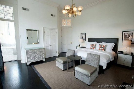 Melrose Mansion Suites